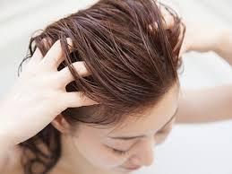 女性 頭皮マッサージ